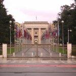 Haupteingang am Place des Nations