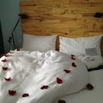 Le lit très bien préparé