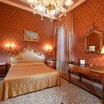 Photo of Hotel e Residenza San Maurizio