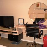 LED TV & Modem writing table