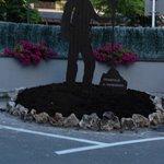 Homenaje que el hotel hizo con esta escultura en el 2012