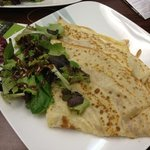 The Italian crêpe with a side salad.