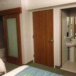 hotel room - double