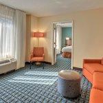 Fairfield Inn & Suites Raleigh Crabtree Valley Foto
