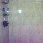 Shower, very clean and new