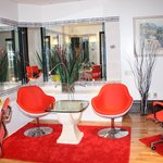 Bizarre, mirrored sitting area in suite