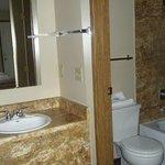 Sink, tub