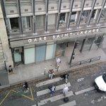 Vista da janela do quarto. Gare Saint Lazare