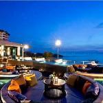 Sunset Terrace lobby bar