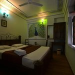 OYO 2105 Hotel Royal Sheraton