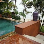 jacuzzi in pool villa