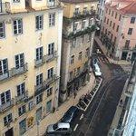 вид с балкона вниз...