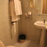 Bathroom with bath-tube