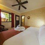 Photo de Barrio Latino Hotel