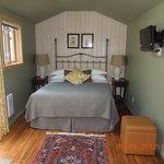 Classy private Garden room