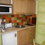 Apartment kitchenette - with 2-ring hotplate and microwave