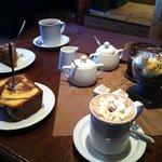 Kaffee und Kuchen in der Kupferkanne