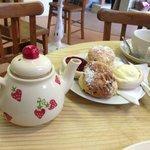 cream tea for one