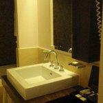 Bathroom Room G