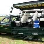 Yala Leopard Lodge - Safari Jeeps