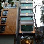 Exterior View of Hotel Skylark, Hanoi