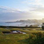 vue sur la mer de la terrasse d'une maisonnette