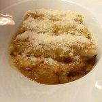 cannelloni volaille et jus de truffe