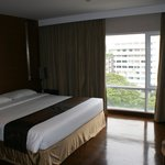 Room 901 - no kitchenette in this room