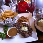 Ribeye steak with chips & peppercorn sauce