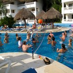 Party pool drinking vollyball