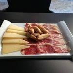 Plato de Iberico con queso