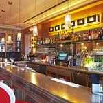 l'escale lounge features live music every Wednesday and Thursday