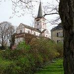 Kirche aus südwestlicher Richtung gesehen