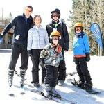 Family enjoys Spring Break together on the slopes!