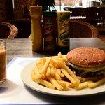 Cheeseburger :)) yummy