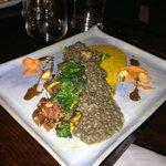 Tarragon stewed lentils & black quinoa