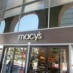 Macy'sがあります。