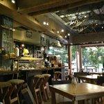 Tin Cat Cafe