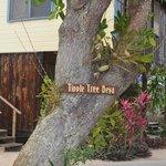 Tipple Tree sign