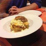 huevos rotos con foie