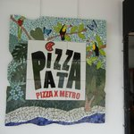 Pizza Pata sign