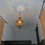 Particolare del soffitto della camera