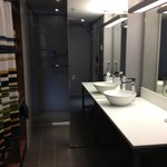 ALoft Room - bathroom