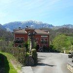Entrada al Hotel Rural El Torrejon.