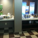 Free Continental Breakfast - Fresh Fruit and Cereals