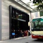 Entrada y autobus para la Feria de Canton