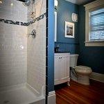 Palladian Suite, Bathroom