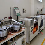 グリンピア牧之原の製茶工場の中