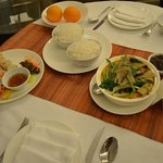 Dine-in room service