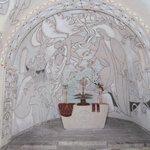 L'abside: S. Pietro cammina sulle acque sotenuto dagli angeli